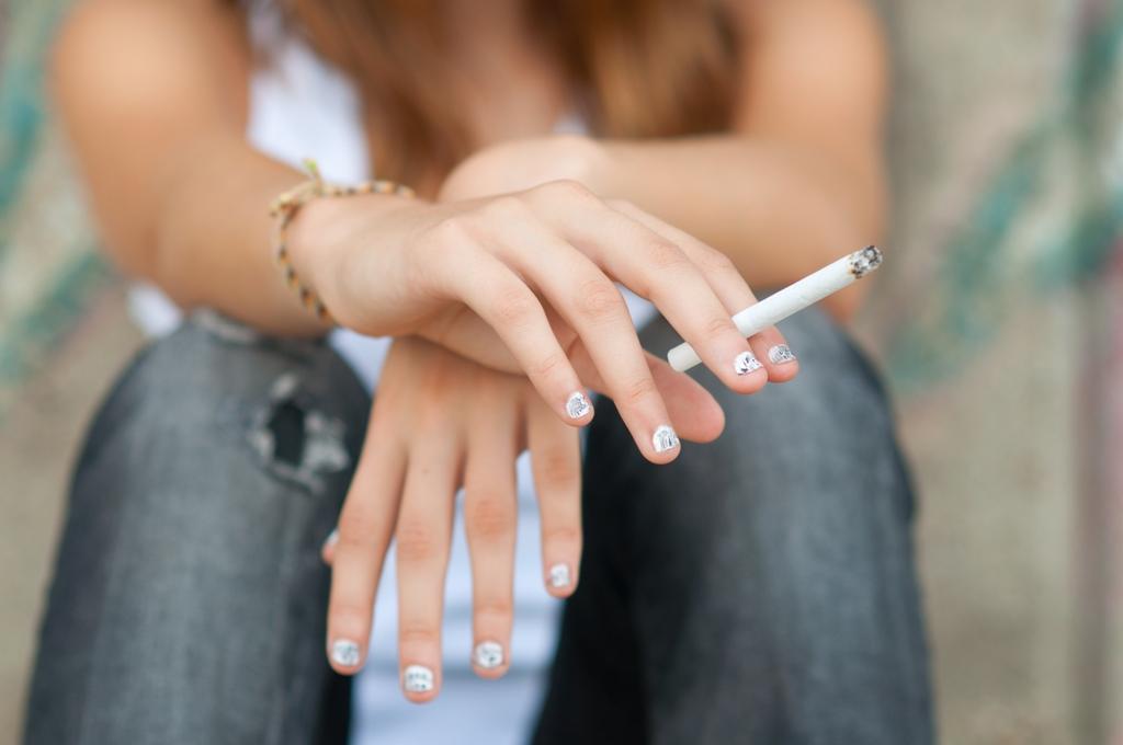 Dávať fajčenie video