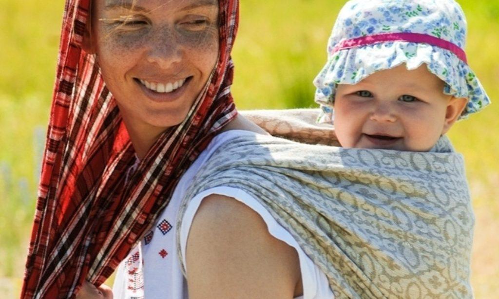 Vzťahová výchova  nielen pre rodičov bábätiek 3)     Nosenie bábätiek a batoliat 2)