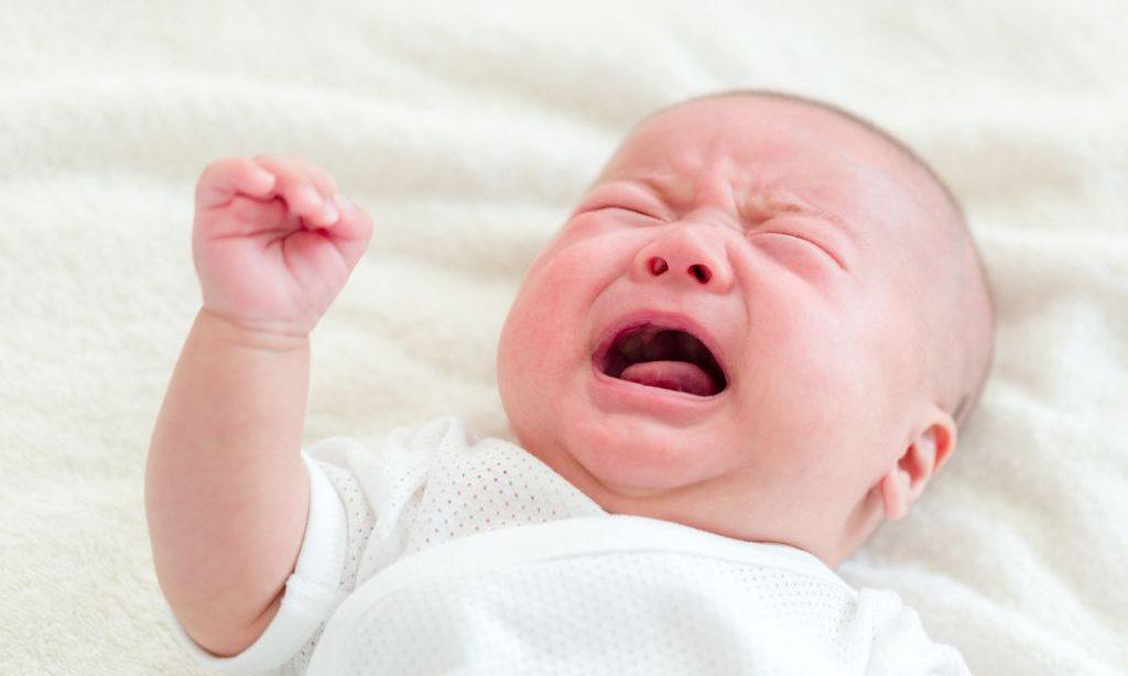 Nechať bábätko vyplakať? Áno či nie? 2)