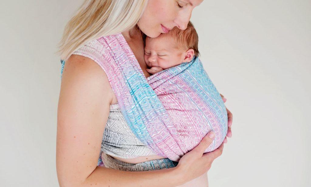 Nosenie detí – predsudky a mýty verzus skúsenosti nosiacej mamy poradkyne