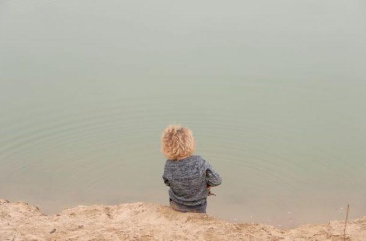 O krajine prílivu a odlivu alebo Ako hrádze škodia slzám