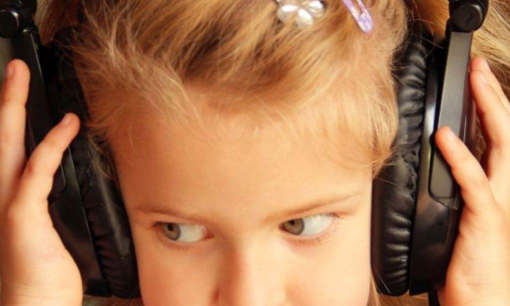 ♪ Alžbetka a hudba. Počujem inak ako ty