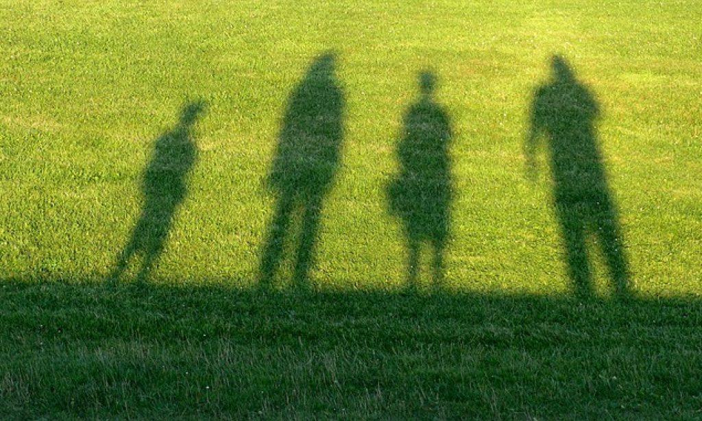 Môže sa stať, že dieťa neprestane milovať rodičov, ale samo seba