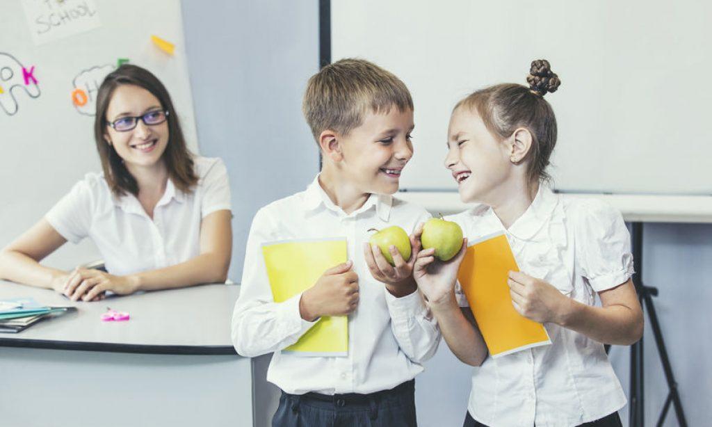 Počas prvého týždňa projektu Čerstvé hlavičky rozdali školákom 4,8 tony jabĺk