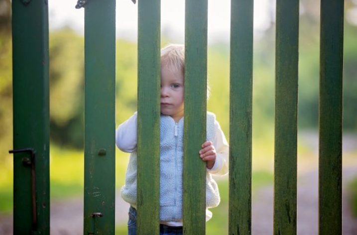 Rodičia vyzývajú na podporu petície proti rozporuplnému návrhu zákona týkajúceho sa detí v materských školách