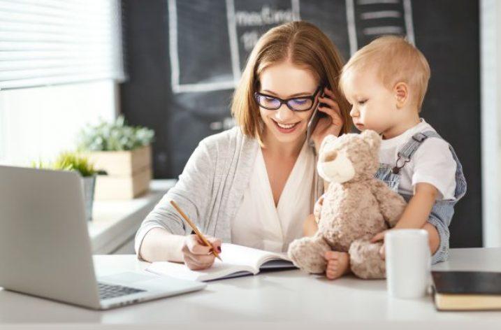 Živnostníčka nemusí prerušiť živnosť, keď žiada o materské