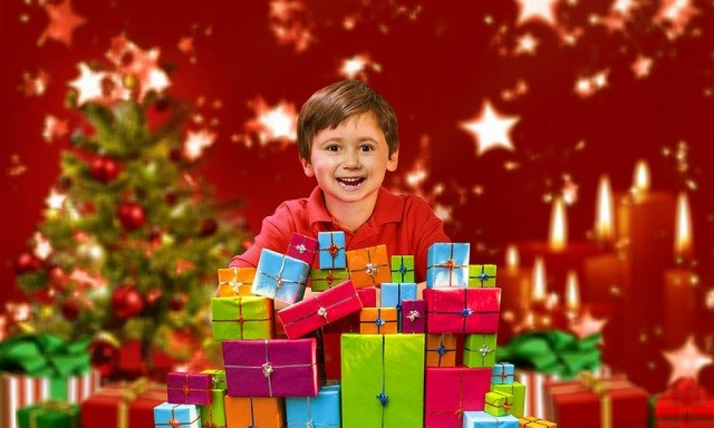 Prečo to s vianočnými darčekmi preháňame?