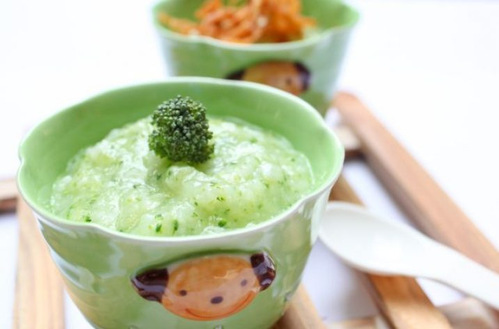Brokolicové a hruškové pyré