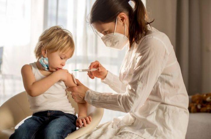 Vakcíny proti COVID-19 – experimenty pokračujú